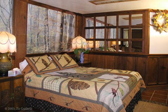 Willow Room | Howard Creek Ranch