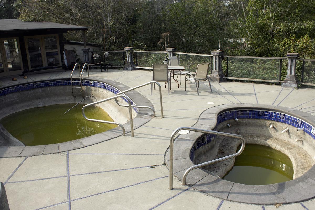 Under Construction Pool | Howard Creek Ranch